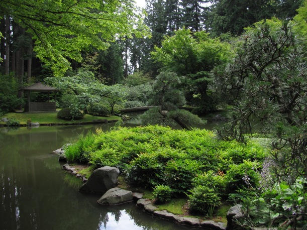 2019-08 University of British Columbia - Nitobe Memorial Garden, Barb Gorges